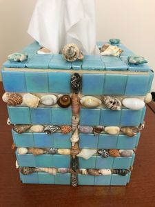 Mosaic Tissue Box Holder