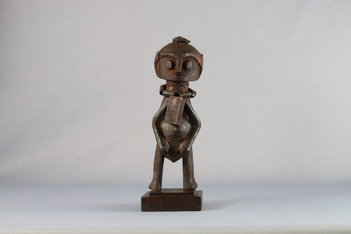 ZANDE SCULPTURE - Gallery Antique