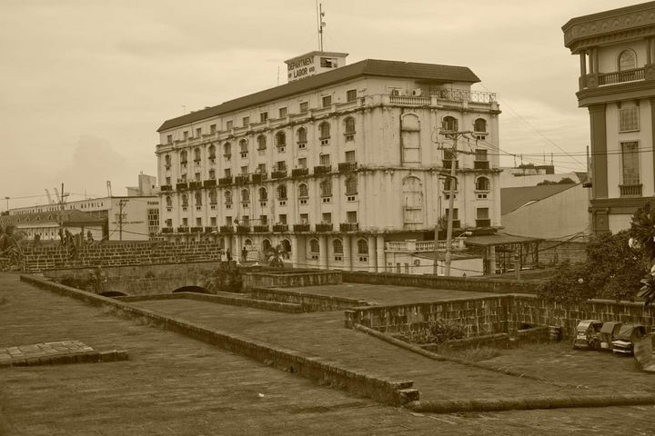 Historic Building - J Mendoza