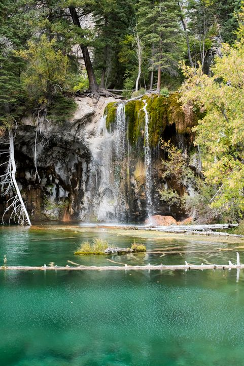 Hanging Lake - J Mendoza