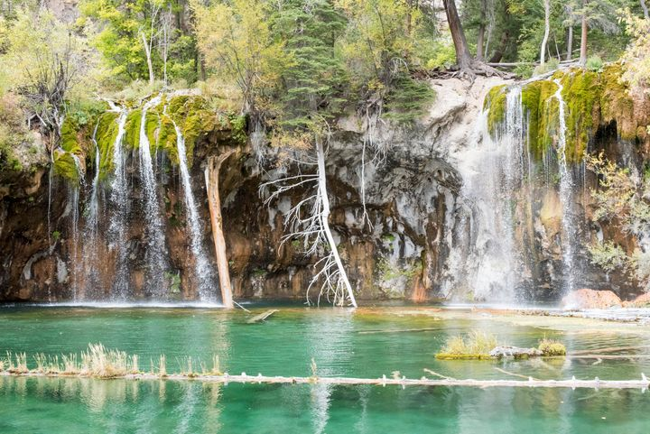Hanging Lake - J Mendoza