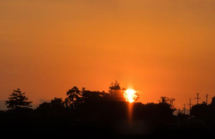 Sunrise: As I open my eyes to arise - Raymond Enriquez