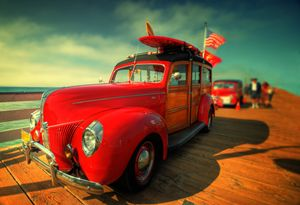 Surfing Classic Woodie