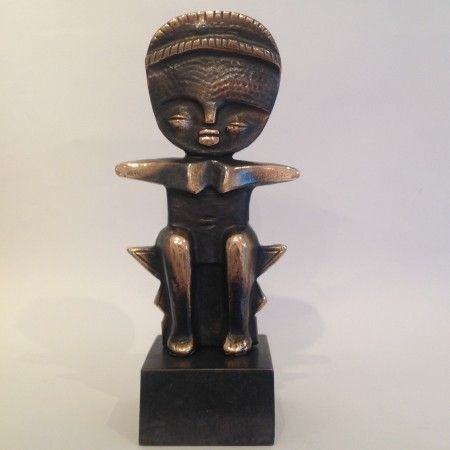 Fertility doll - Bronze art