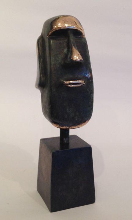 Moai sculpture - Bronze art