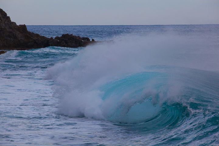 Blue wave - Max Barattini | PHOTO