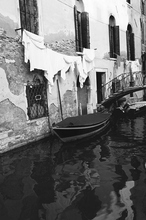 LAUNDRY in VENICE by Carla Pivonski - Carla Pivonski® Fine Art Photography