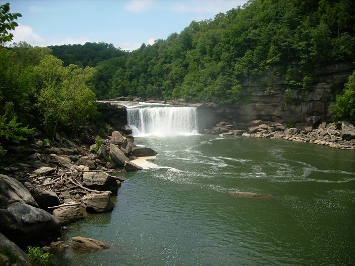 Cumberland Falls in Summer - Rice Photography