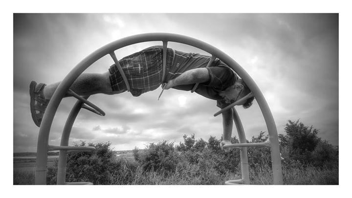 jes hanging - Paula Ray