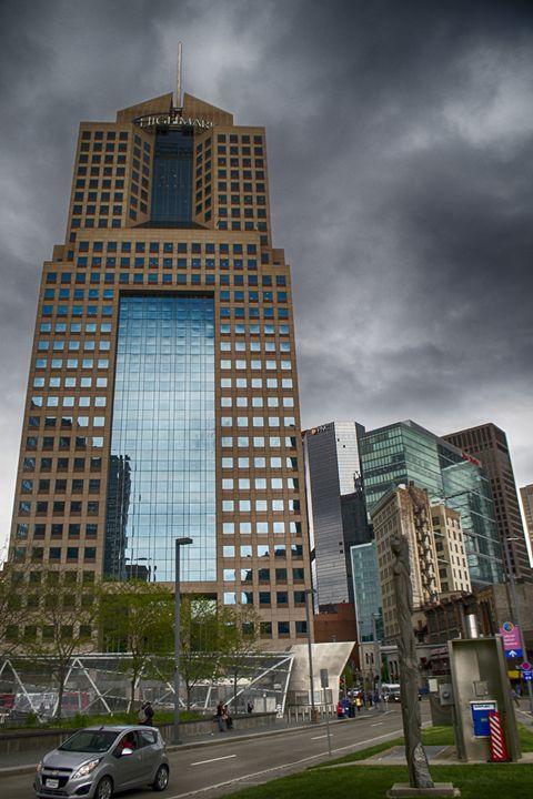 Highmark Building - Aaron Zaffuto