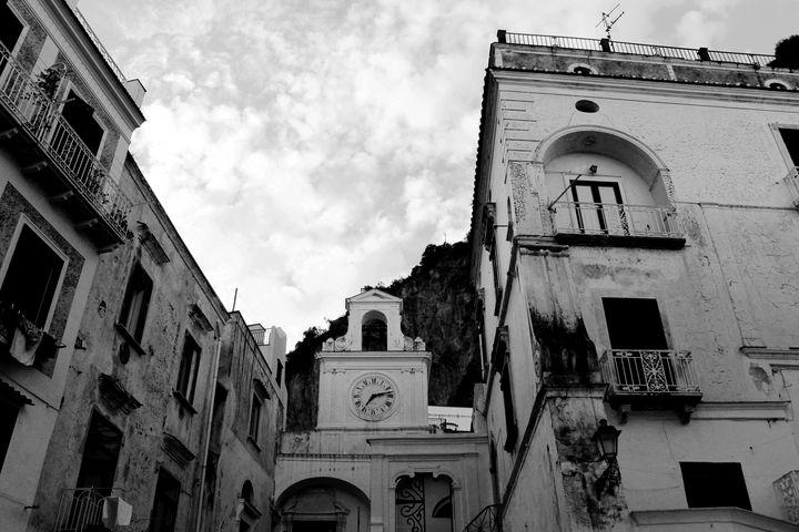 Atrani Village in Black and White - Bentivoglio Photography