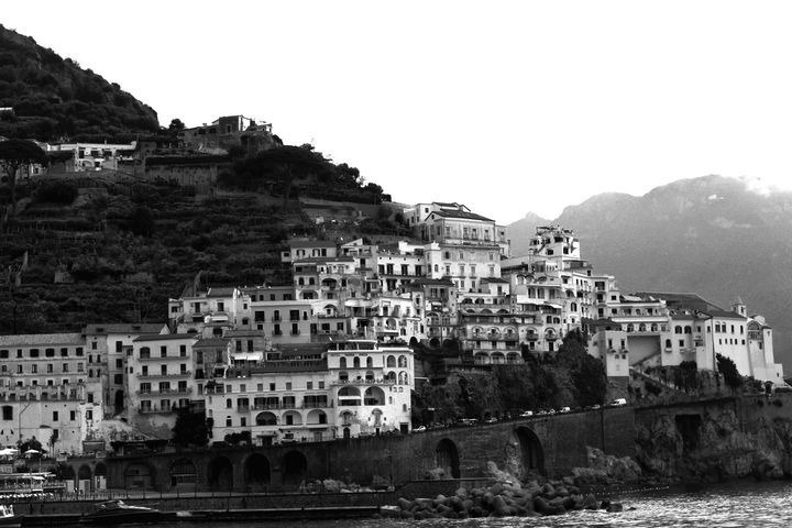 Atrani in Black and White - Bentivoglio Photography
