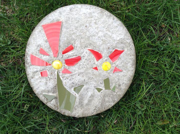 Summertime bloom - Roni Rocks