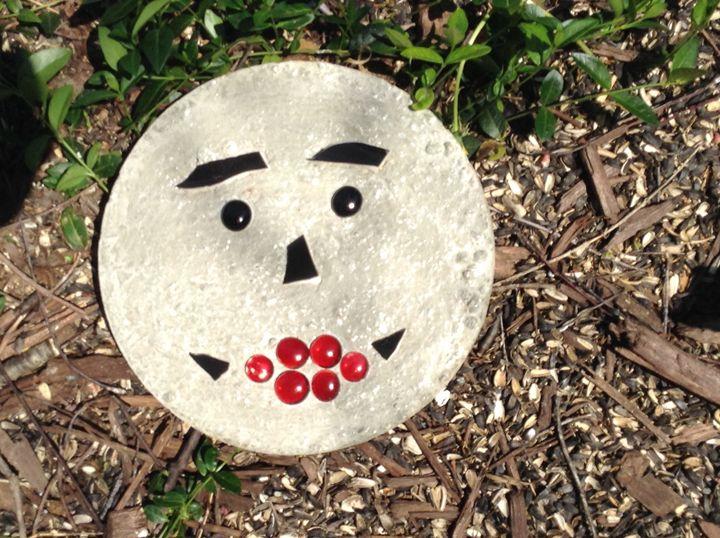 Happy face - Roni Rocks