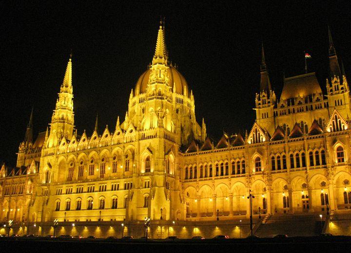 Hungarian Parliament Building - Joseph Mintz Art