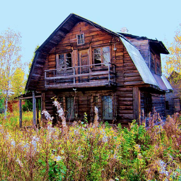Abandoned home - Yury Yanin