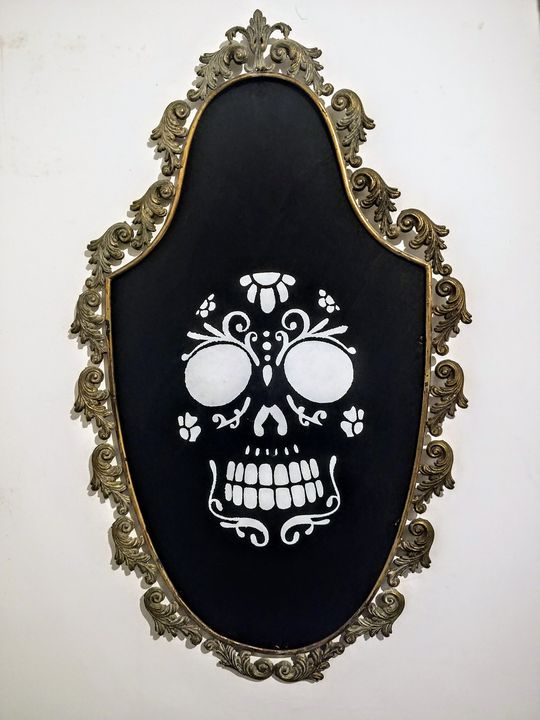 Skull on antique frame - Bryan seggy