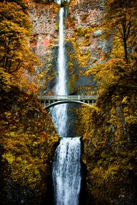 Fall season at Multnomah Falls, OR