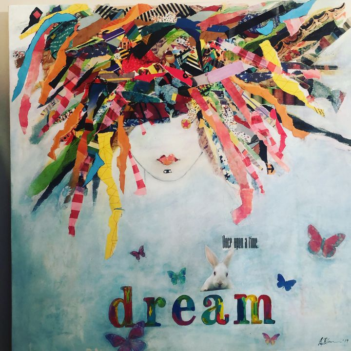 DREAMING IN COLOR - BUTTERFLY STUDIOS