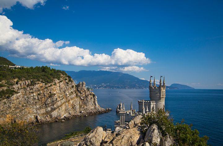 Castle Swallow Nest. Yalta. Crimea - Natali Otrakovskaya Photography