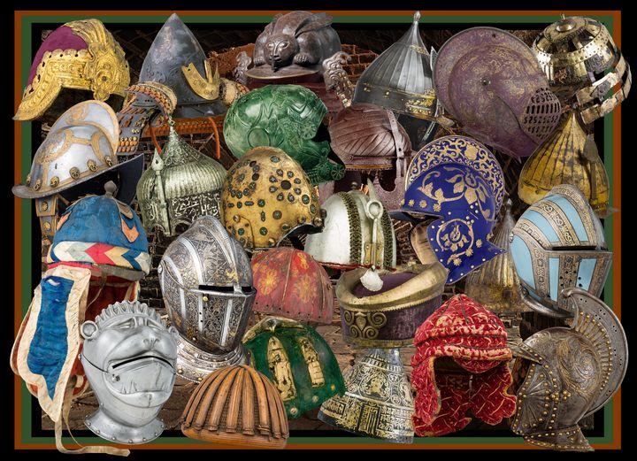 Helmet Here - Broek Wolften Creations