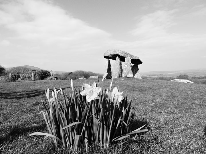 Pentre Ifan 1 - Anna Cartwright Photography