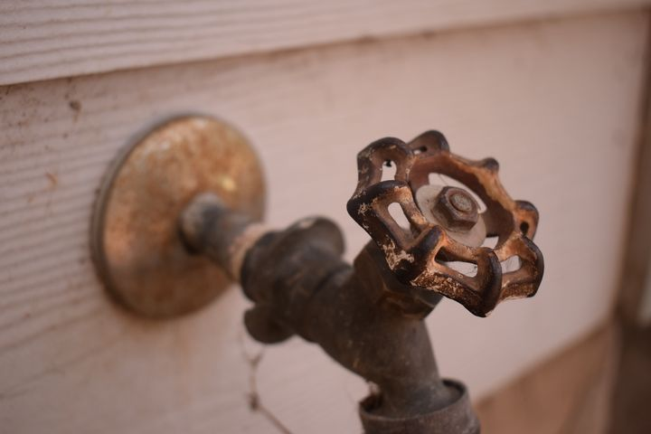 Rustic: Water Faucet - Spontaneous Photography