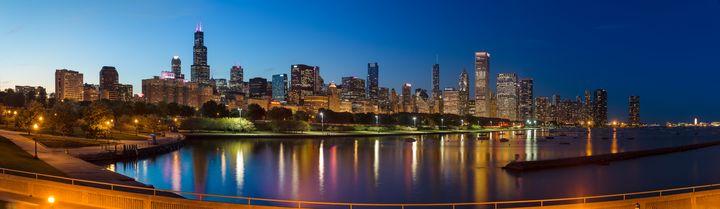 Chicago Skyline Panorama - Steve Gadomski