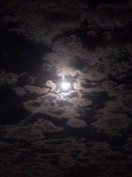 Clouded - Mecca Art
