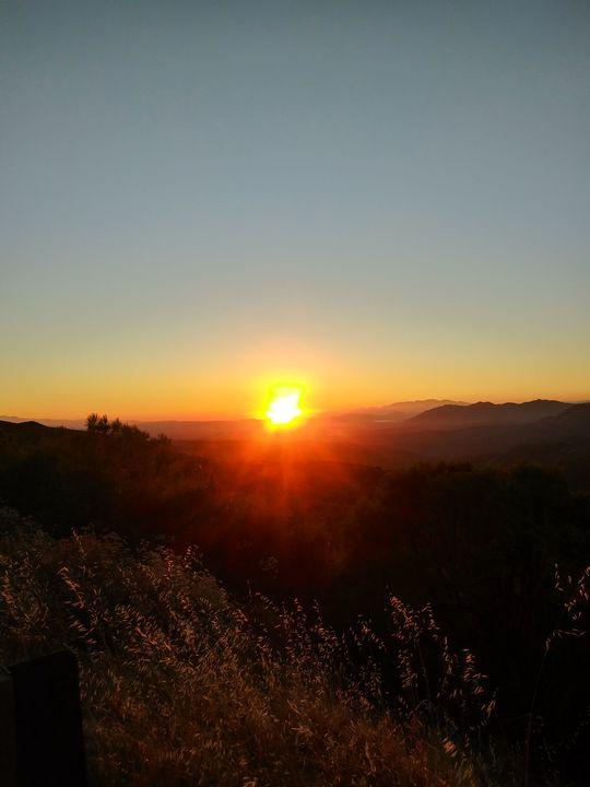 Mountain Sunset - Skyarts