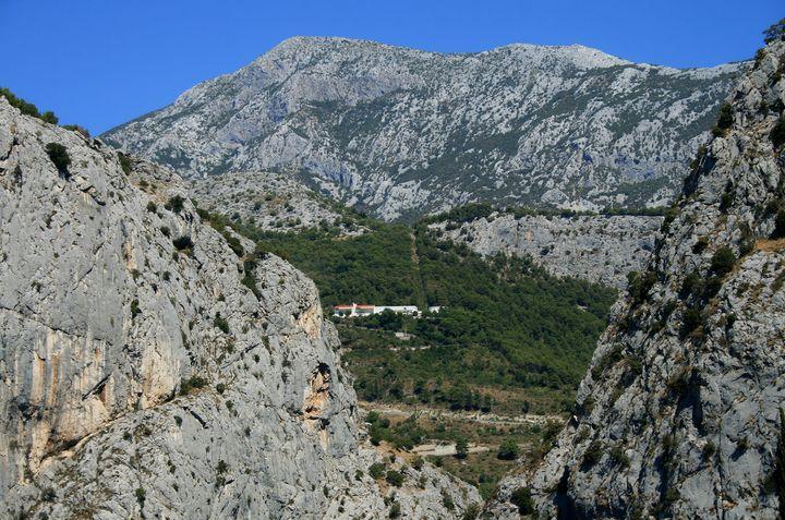 Mountain - branimirbelosev