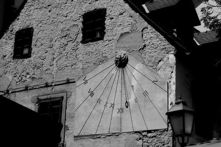Sun watch - branimirbelosev