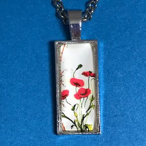 Poppy Rectangular Pendant Necklace
