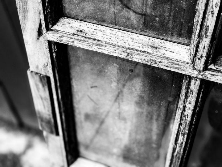Window - Raw