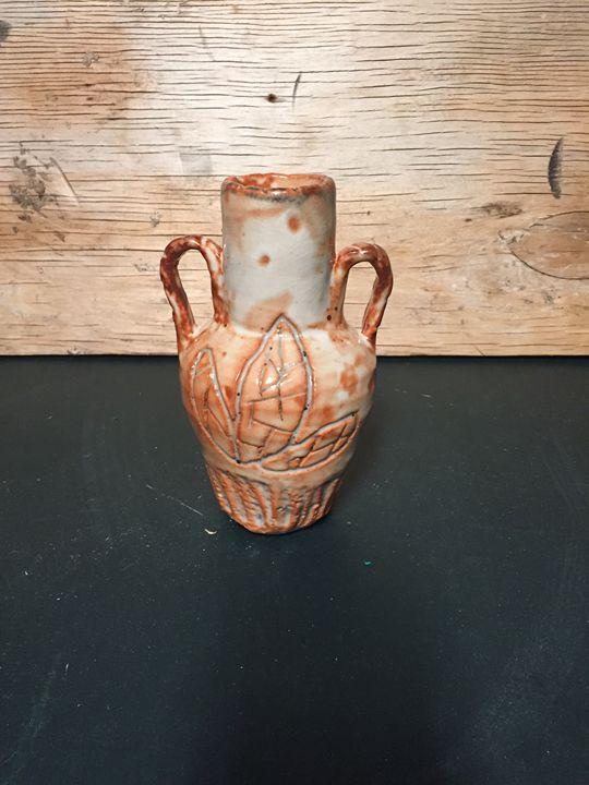 Leaf vase - Yung pottery