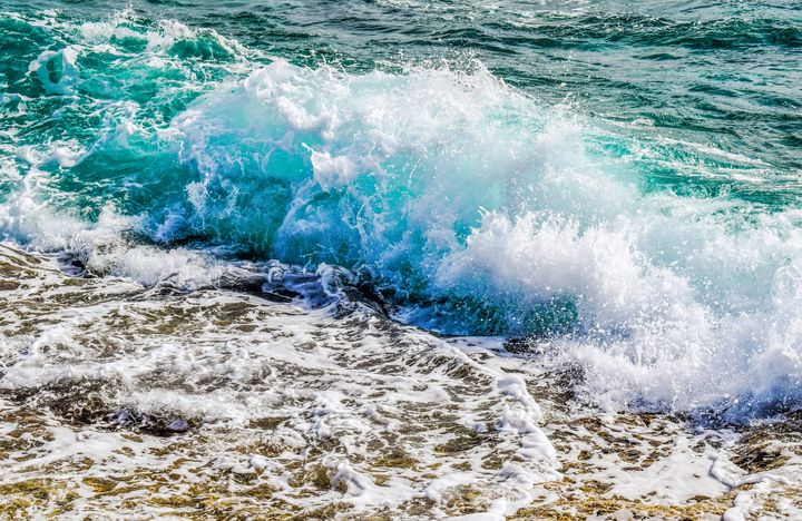 Ocean Surf - Leslie Kinghorn