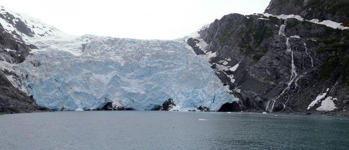 Glacier Viewing - Adventure Images