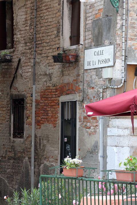 Calle De La Passion - Adventure Images