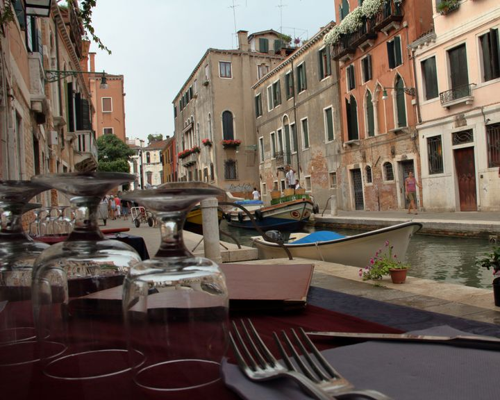 Lunch in Venice - Adventure Images