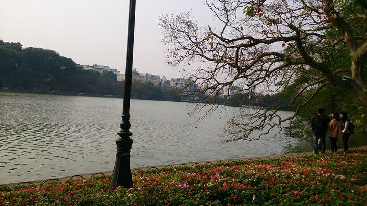 Guom Lake - Beautiful Life