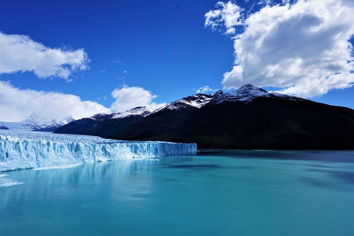 Turquiose Glacier - R.Gourley