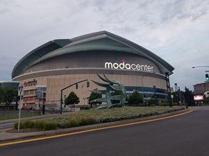Moda_Center