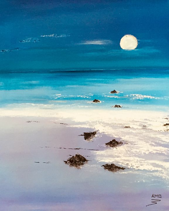 Moonlight Beach - AMO Studio