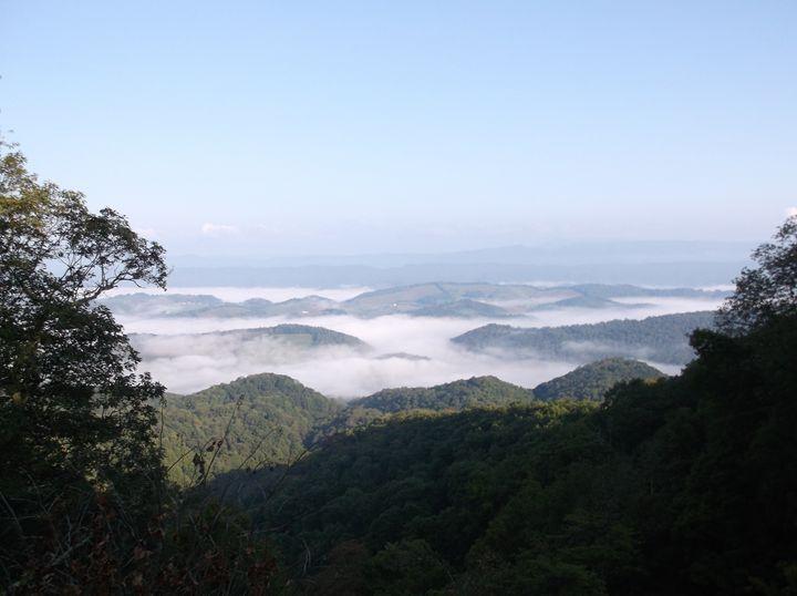 Misty Valley - Ren's Lens