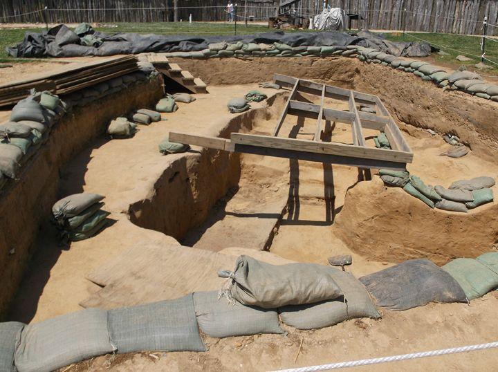 Archeaological dig site - Ren's Lens