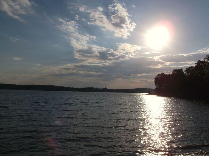Smith Mountain Lake - Ren's Lens