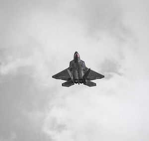 F 22 Raptor at Chicago Air Show