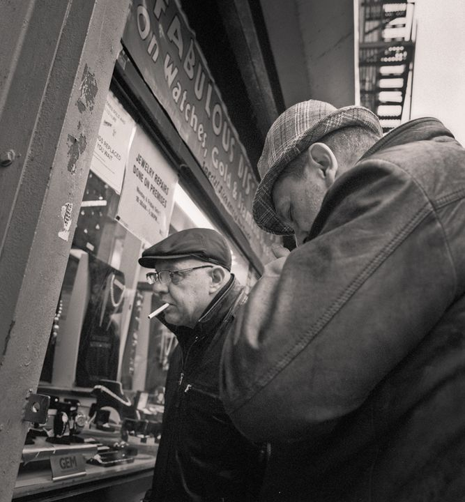 New York City: men and smoke - Ron Greer Photography