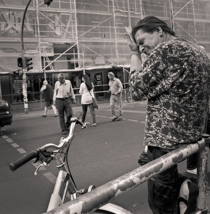 Berlin: Prenzlauer-Berg, man - Ron Greer Photography