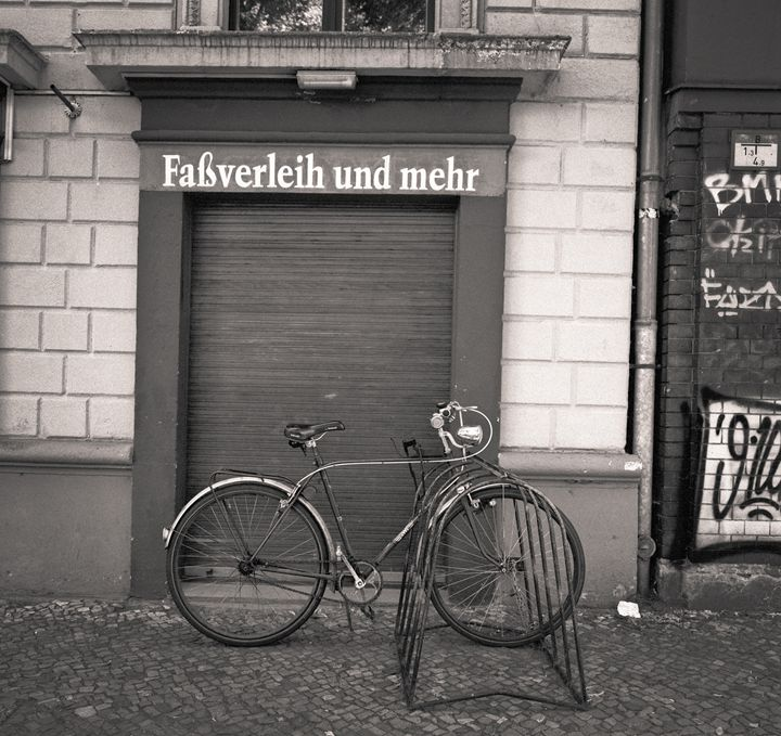 Berlin: bicycle - Ron Greer Photography